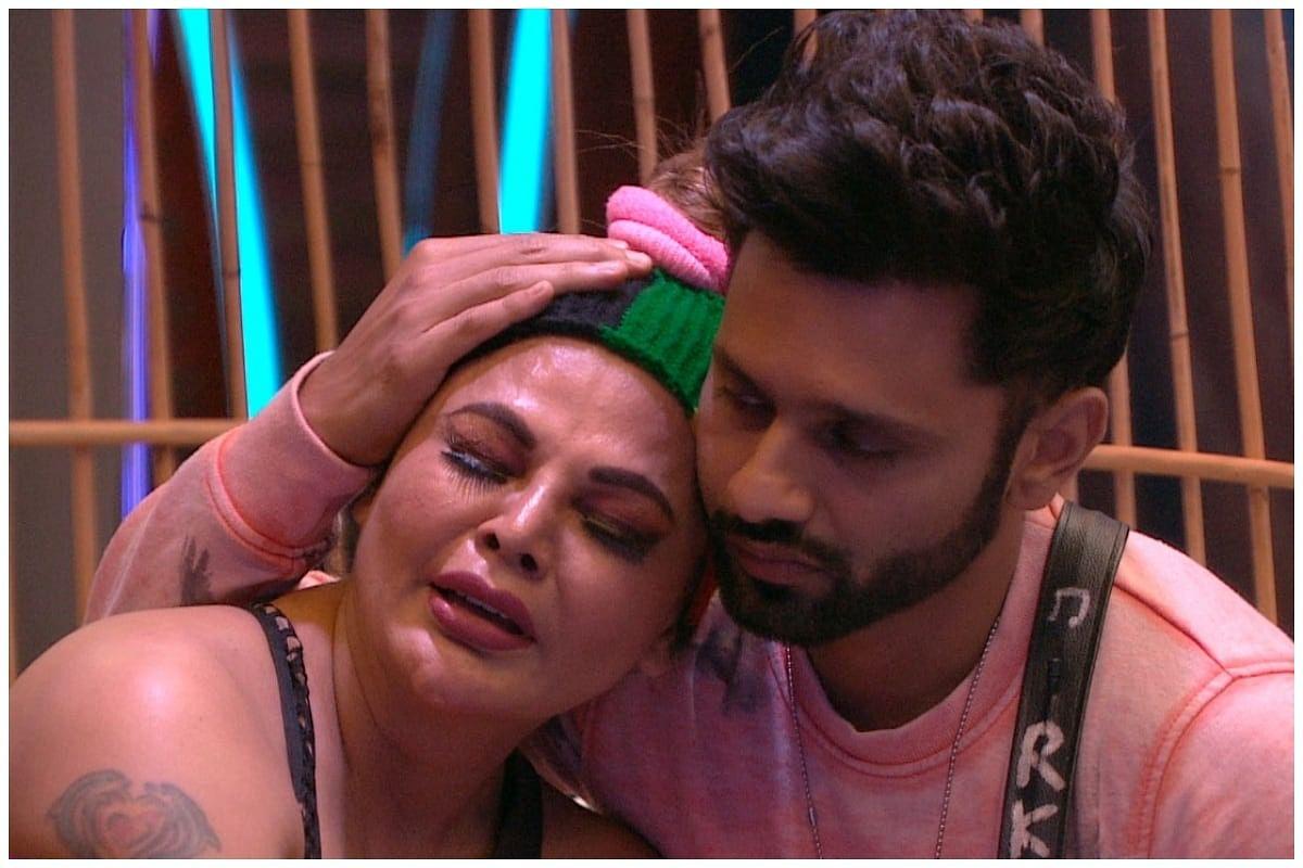 Bigg Boss 14 : राखी सावंत ने गिराया राहुल का बच्चा