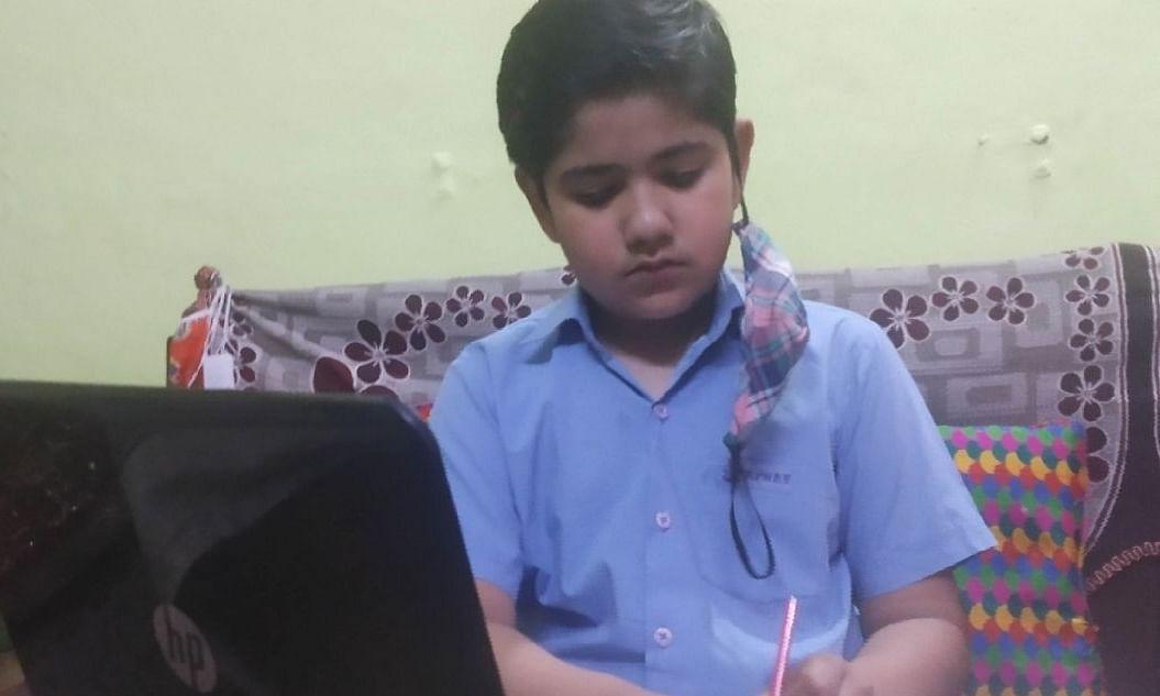 छोटी कक्षाओं पर परीक्षा का बोझ, मुद्दा पहुंचा NHRC और बाल आयोग