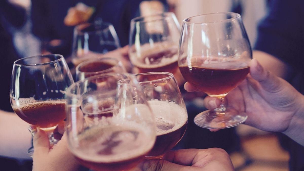 बिहार में शराब का सेवन करने के आरोप में दो ASI निलंबित