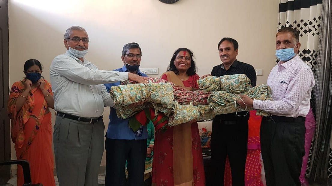 पॉलिथीन मुक्त कुंभ: राजस्थान की महिलाओं ने हरिद्वार में कपड़े की थैलियां भेजीं