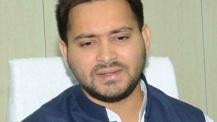 तेजस्वी ने नीतीश से पूछा, 'बिहार में भ्रष्टाचार का बोलबाला, क्या पैसा लूटने और लूटवाने के लिए गद्दी पर बैठे हैं'
