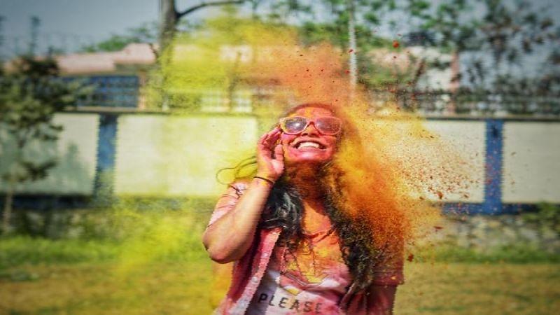 होली और रंग पंचमी पर हुआ 35 हजार करोड़ रुपये के व्यापार का नुकसान