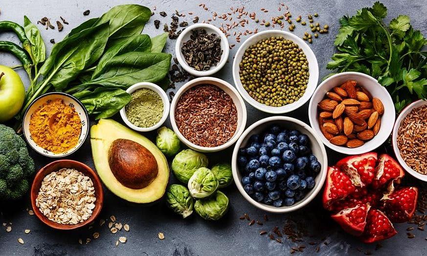 परीक्षा के दौरान खाएं ये फूड, दिमाग रहेगा चुस्त और तनावमुक्त