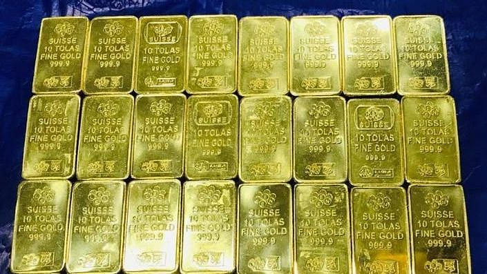 दुबई से गोवा आए शख्स के पास से मिला 2.1 किलो सोना