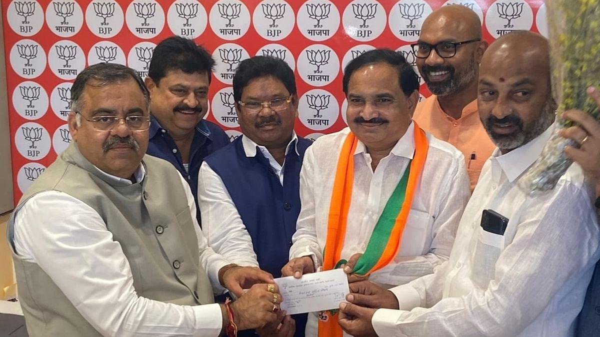 भाजपा में शामिल हुए तेलंगाना के कांग्रेस नेता मोहन राव पाटिल