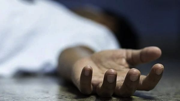 पिता के थे अवैध संबंध, भाई-बहन ने पीट-पीट कर की हत्या