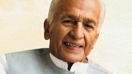 कर्नाटक से 4 बार के सांसद और कांग्रेस नेता का निधन