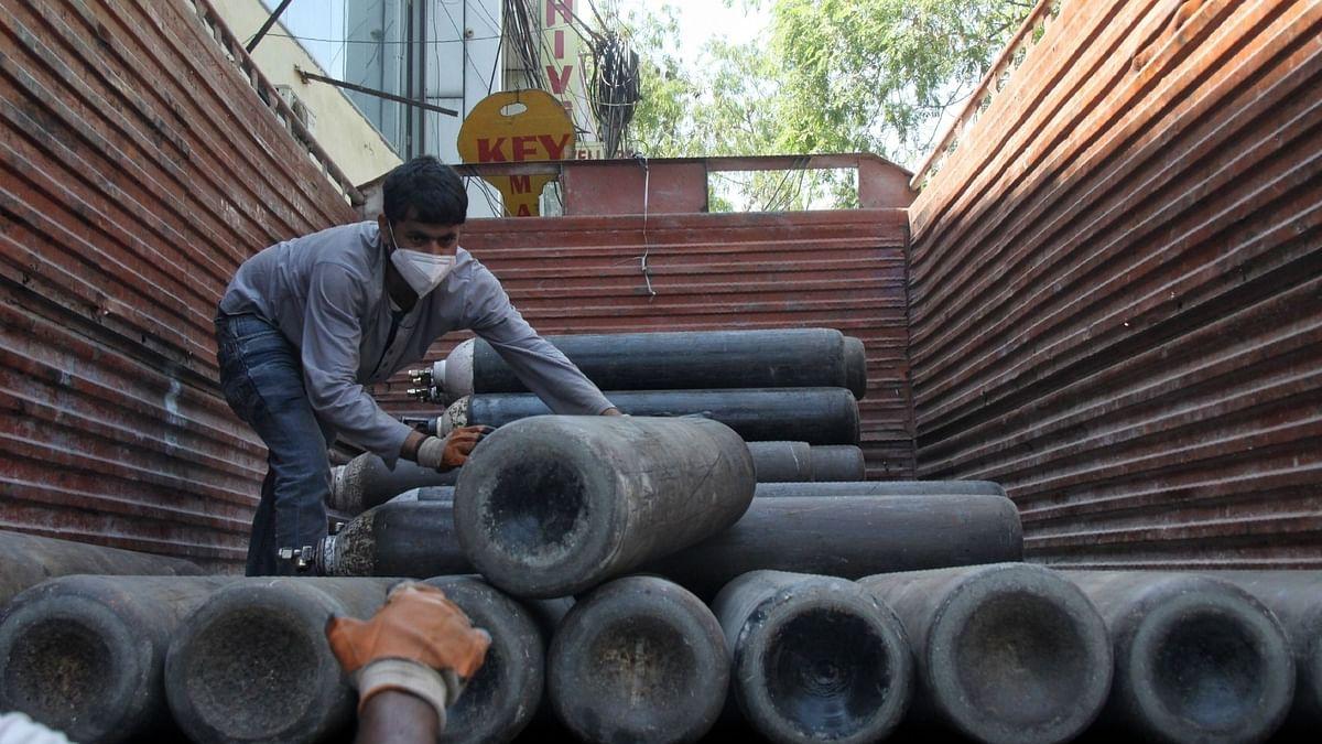दिल्ली को मिली 150 टन कम ऑक्सीजन, अस्पतालों में औद्योगिक ऑक्सीजन