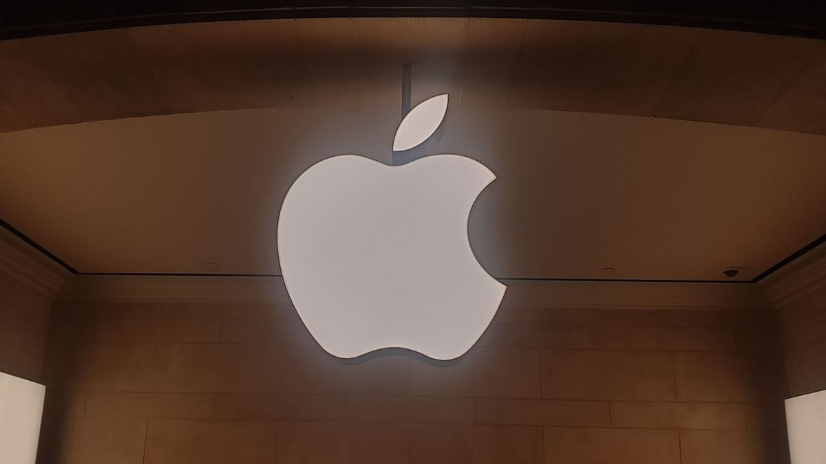 एप्पल ने 42 प्रतिशत शेयर हासिल किए, जबकि सैमसंग दुनिया भर में सबसे बड़ा स्मार्टफोन ओईएम है