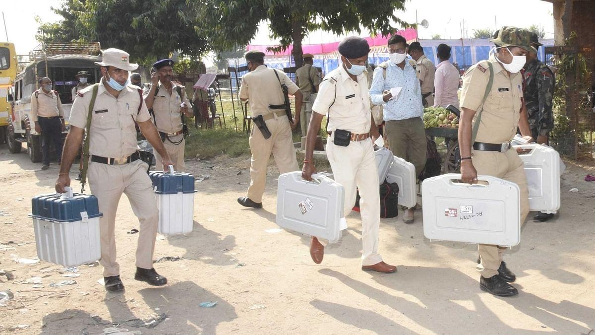 केरल: चुनाव अधिकारी सोए रह गए, ड्यूटी पर देर से पहुंचे