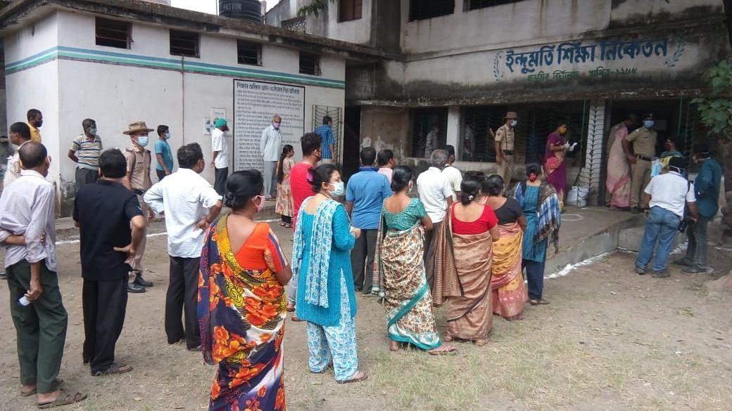 बंगाल में सुबह 9 बजे तक दर्ज हुई 15.85% वोटिंग