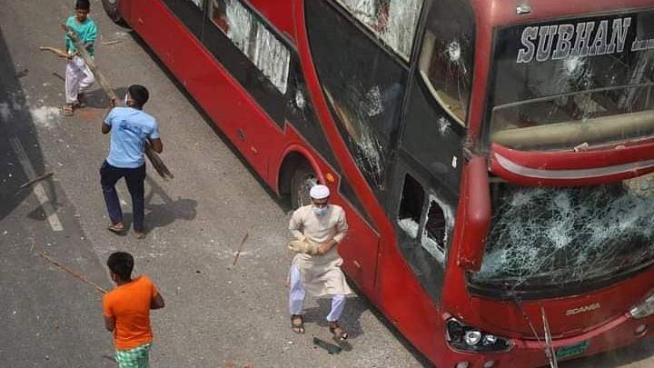 बांग्लादेश में लॉकडाउन-विरोधी प्रदर्शन के दौरान 1 की मौत