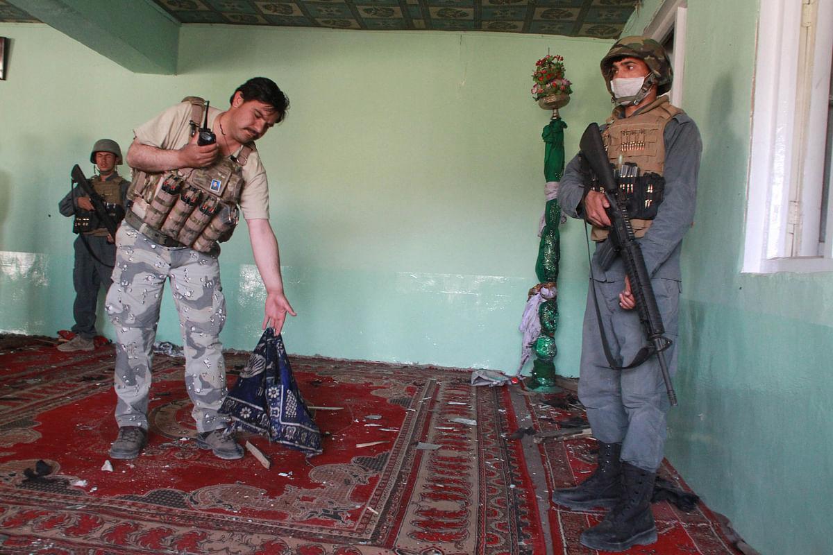 अफगान मस्जिद में फायरिंग, एक ही परिवार के 8 सदस्य मरे