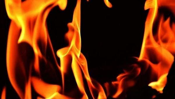 ढाका के केमिकल गोदाम में आग लगने से 1 की मौत, 14 घायल