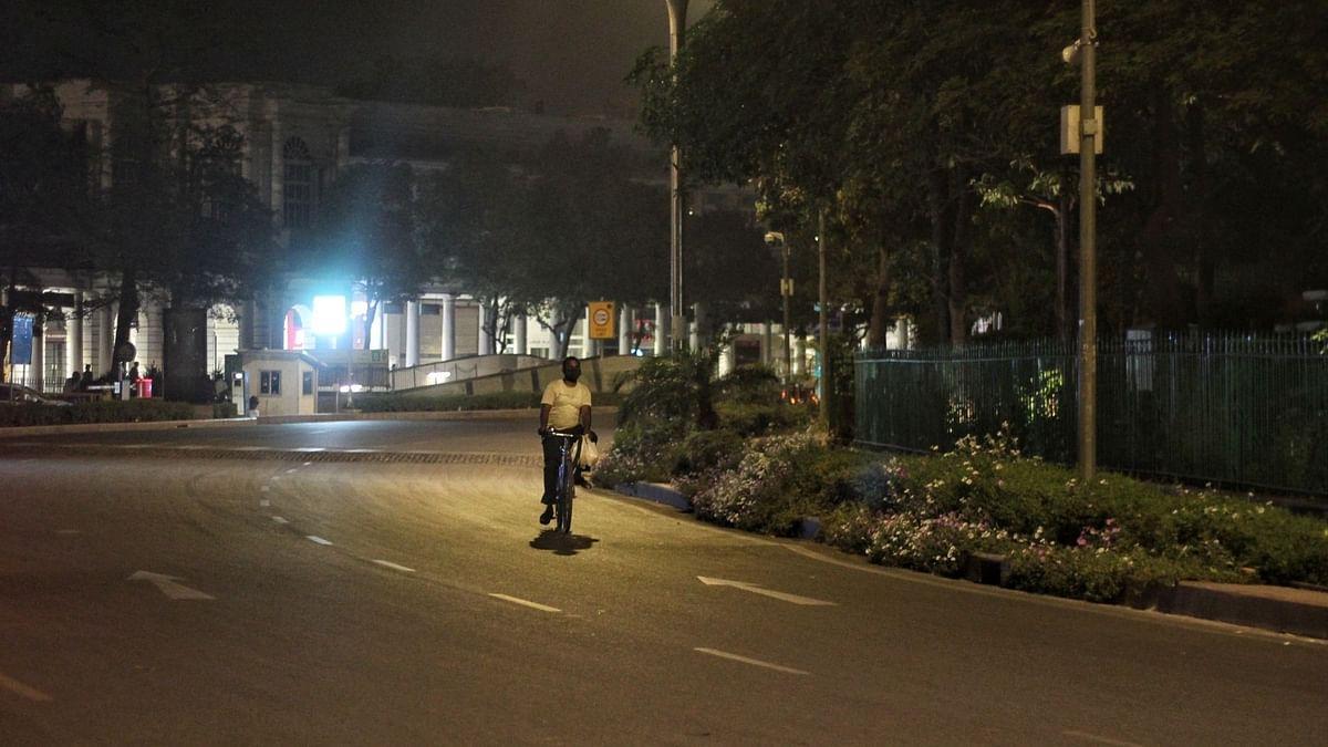 कोरोना से बिगड़े हालात, जम्मू-कश्मीर के 8 जिलों में लगा रात का कर्फ्यू