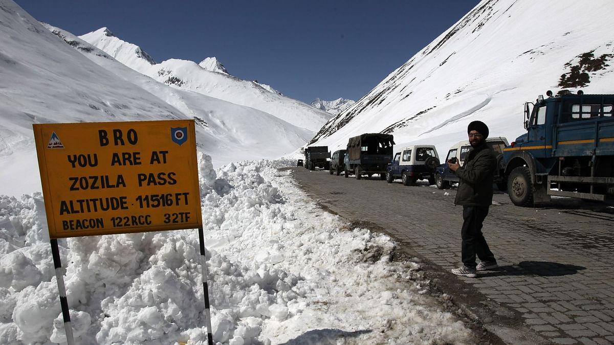 बीआरओ ने 110 दिन बाद श्रीनगर और लेह को जोड़ने वाला जोजिला दर्रा खोला