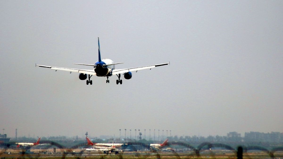 अंतर्राष्ट्रीय उड़ानों पर लगी रोक 31 मई तक बढ़ी