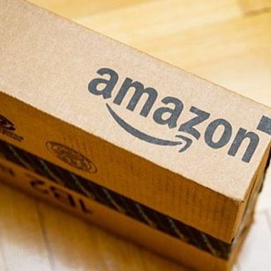 महामारी के बीच ऑनलाइन शॉपिंग से अमेजॅन को मुनाफा