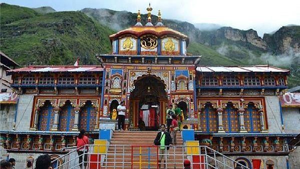 भारत के सबसे प्राचीन मंदिर में से एक है 'बद्रीनाथ', जाने इसका इतिहास