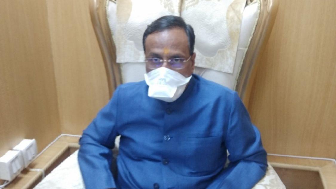 यूपी के उपमुख्यमंत्री डॉ. दिनेश शर्मा कोरोना संक्रमित