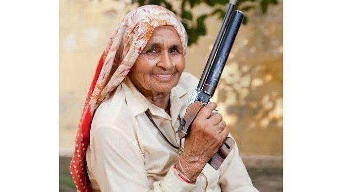 'शूटर दादी' चंद्रो तोमर का निधन, भूमि पेडनेकर और तापसी पन्नू ने जताया शोक