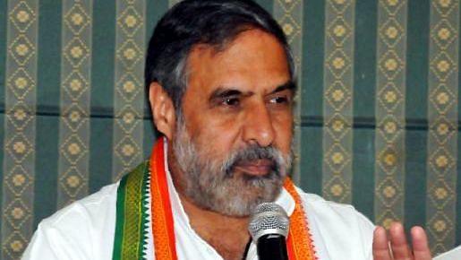 पूर्व प्रधानमंत्री के बाद कांग्रेस वरिष्ठ नेता आनंद शर्मा भी संक्रमित, अस्पताल में भर्ती