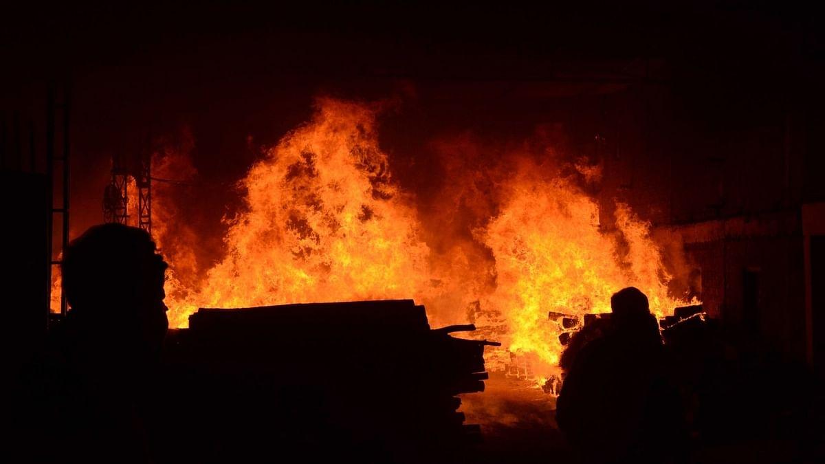 बिहार: घर में लगी आग , 4 बच्चों की झुलसकर मौत
