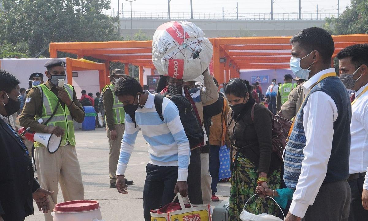 कोविड बढ़ोतरी: अप्रवासी श्रमिकों की वापसी रोकना PMO की सर्वोच्च प्राथमिकता