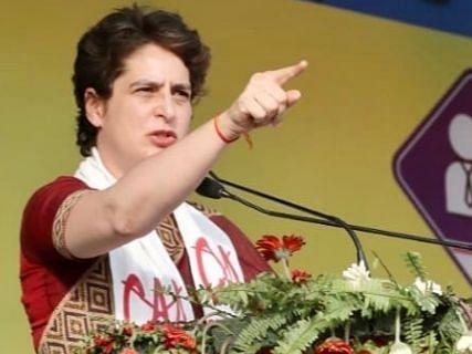 """प्रियंका ने देशवासियों को भावुक पत्र लिख कहा, """"हम होंगे कामयाब"""""""