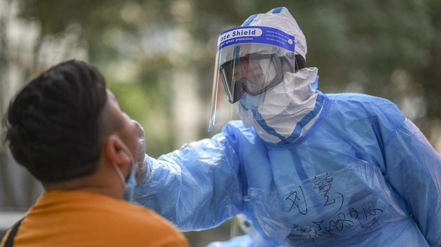 चीन में बाहर से आए कोविड-19 के 24 नए मामले