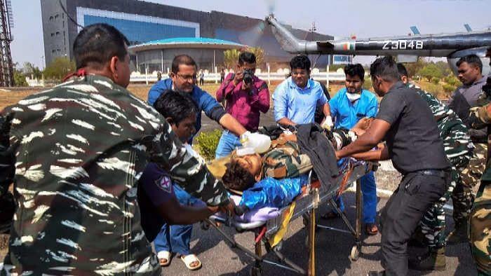 LOC के पास आकस्मिक खदान विस्फोट में सैनिक घायल