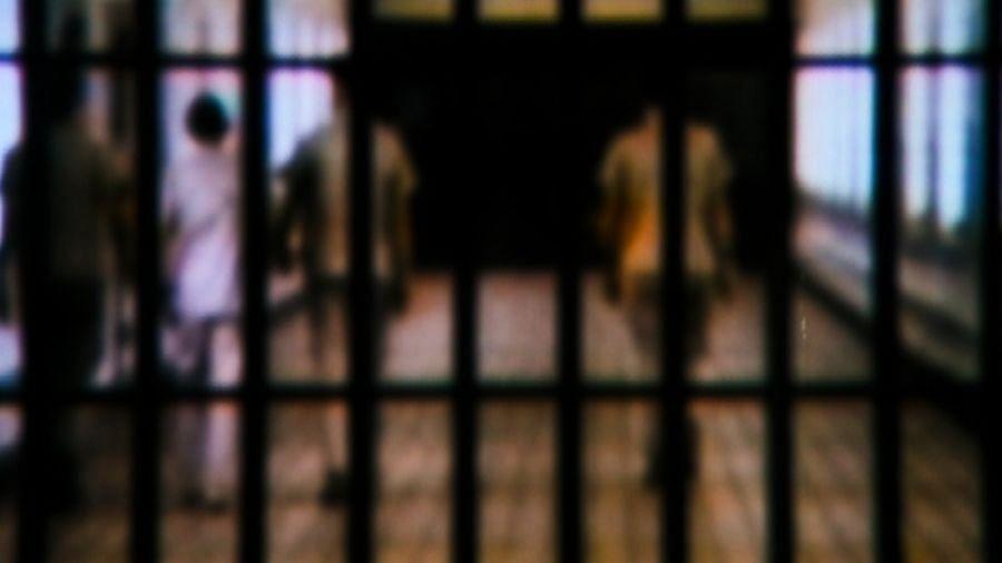 यूपी की जेलों में बंद कैदी पैरोल पर होंगे रिहा