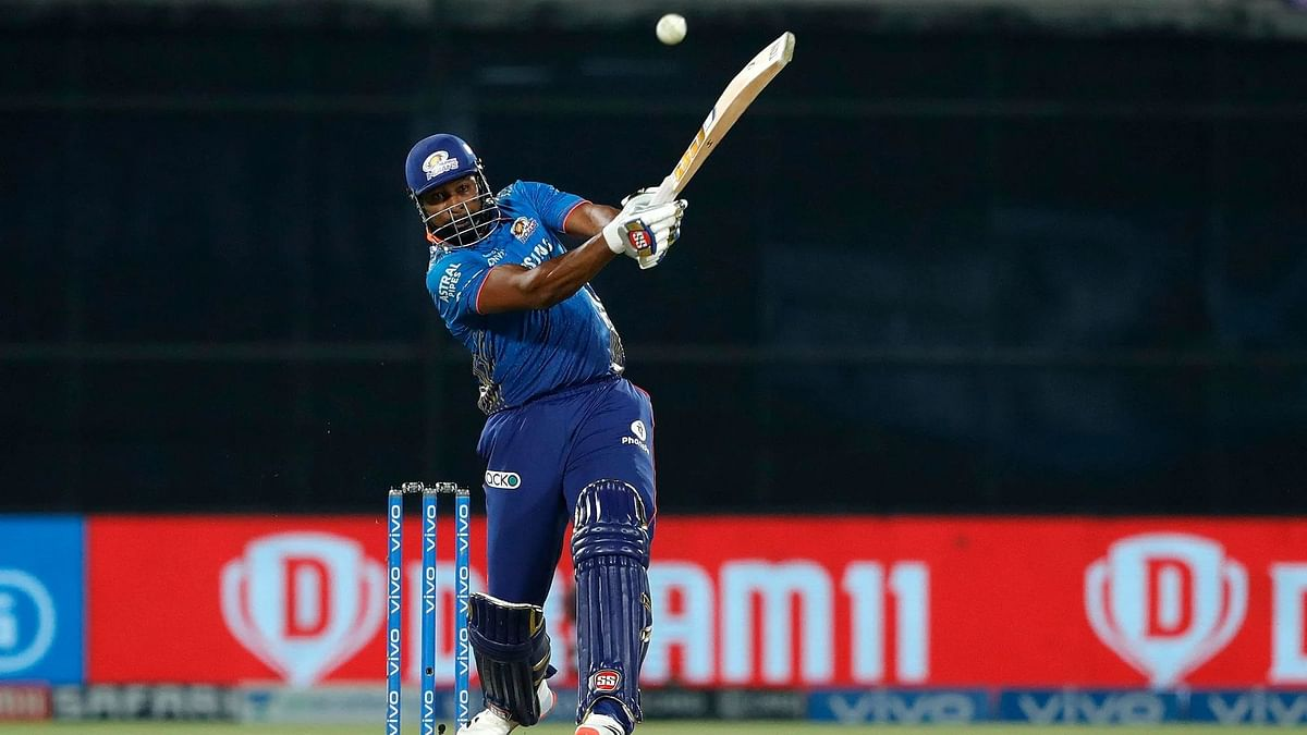 IPL-14: पोलार्ड के तूफान में उड़ा चेन्नई सुपर किंग्स, मुंबई इंडियंस 4 विकेट से जीता