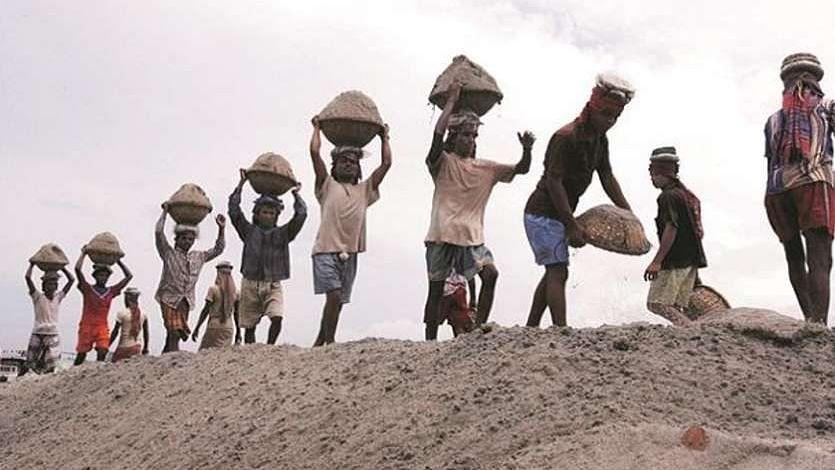 International Labour Day 2021: 1 मई को ही क्यों मनाया जाता है 'श्रमिक दिवस'? जानिए इतिहास
