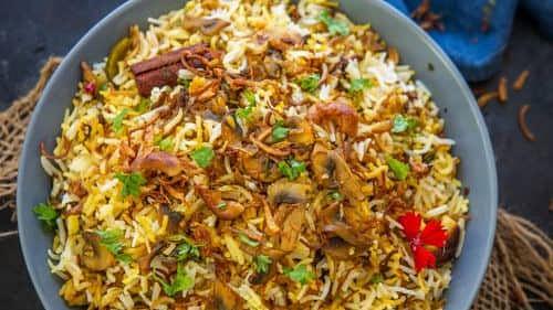 Recipe: Mushroom Biryani (मशरूम बिरयानी)