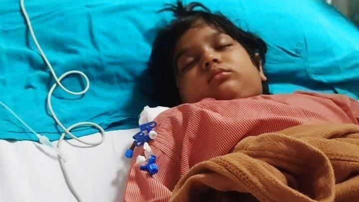 उत्तर प्रदेश के मुख्यमंत्री योगी आदित्यनाथ ने एक लड़की के लीवर ट्रांसप्लांट में की मदद