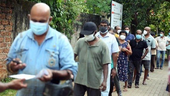 कोविड के चलते श्रीलंका ने लगाया यात्रा पर प्रतिबंध