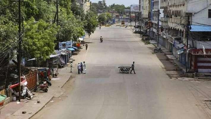 उत्तर प्रदेश में दो दिन के लिए बढ़ा लॉकडाउन, 6 मई सुबह 7:00 बजे तक रहेगा लागू