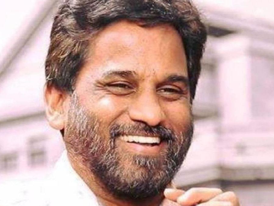 कोविड के कारण तेलुगु एंकर और अभिनेता टीएनआर का निधन