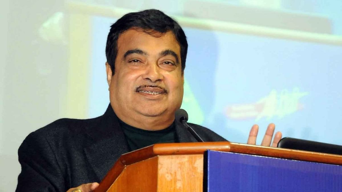 सरकार का अगले 2 साल में सड़क निर्माण में 15 लाख करोड़ रुपये लगाने का लक्ष्य