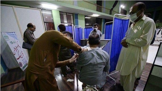 पाकिस्तान ने 19 साल और उससे अधिक उम्र के नागरिकों के लिए कोविड वैक्सीन पंजीकरण शुरू किया