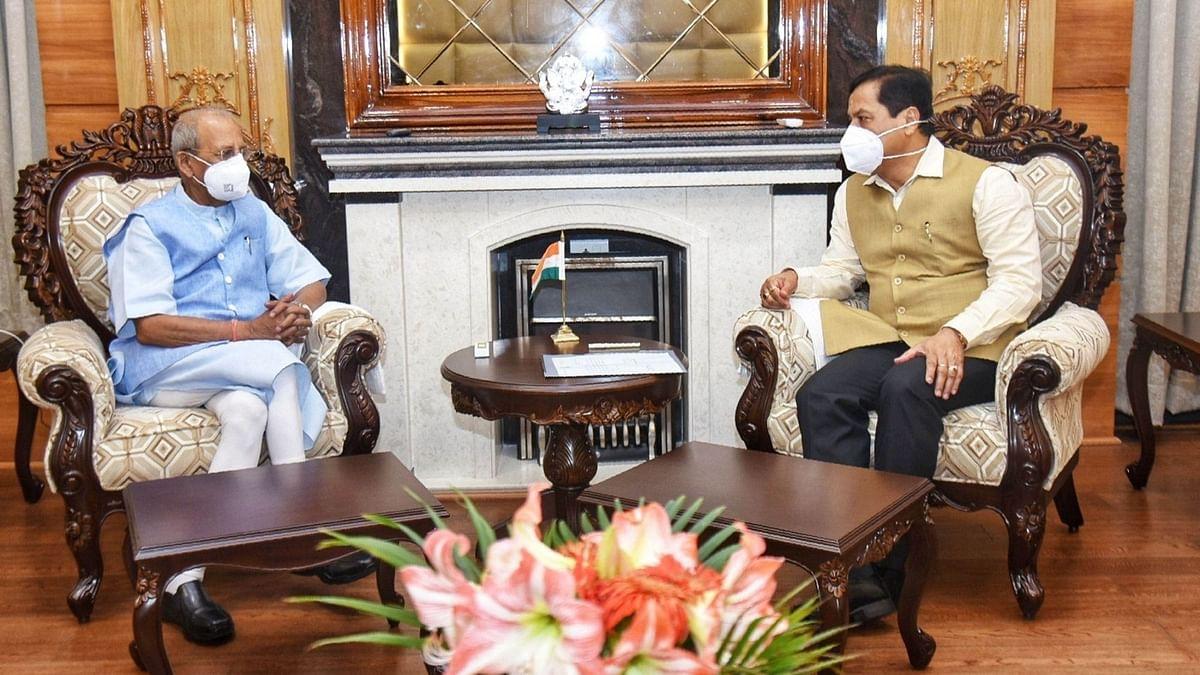 असम के मुख्यमंत्री सर्बानंद सोनोवाल ने दिया इस्तीफा