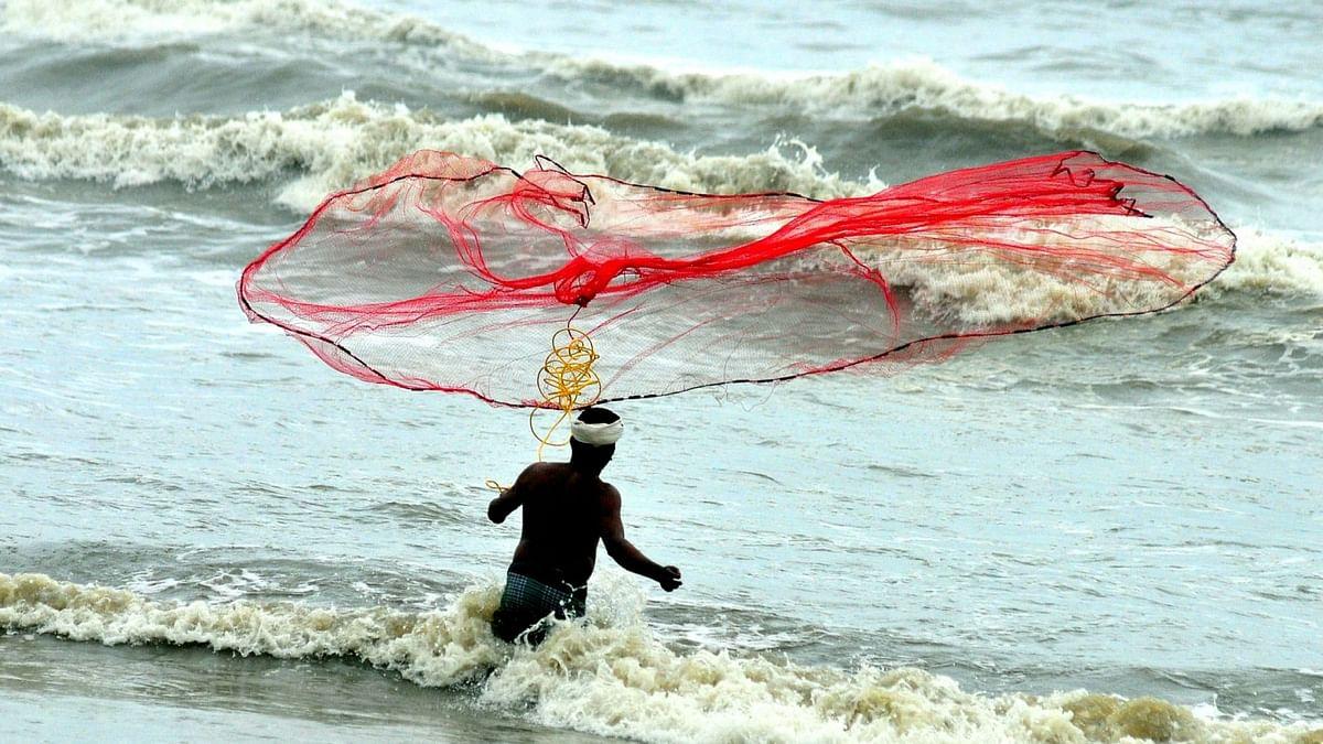 केरल में बोट हादसे में 1 मछुआरे की मौत, 7 को बचाया गया