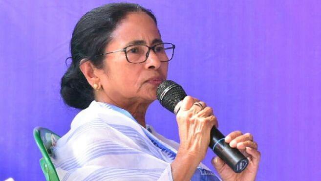 ममता ने बंगाल में 15 जून तक बढ़ाया लॉकडाउन