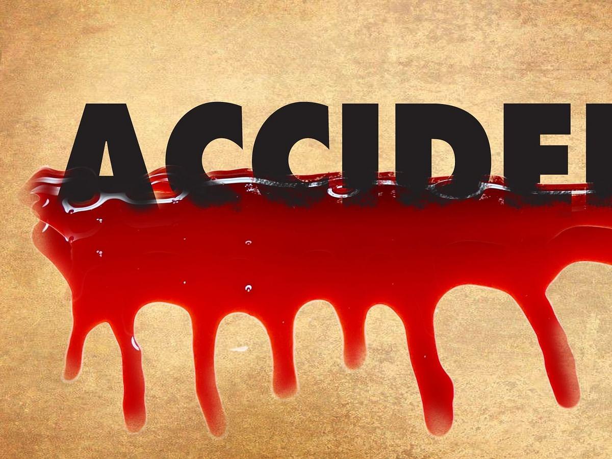 बिहार में ट्रक की ठोकर से बाइक पर सवार 3 युवकों की मौत