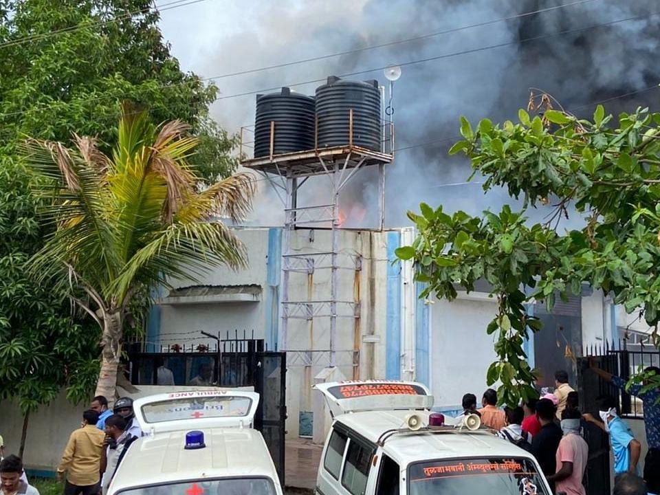 पुणे की सेनेटाइजर फैक्ट्री में लगी भीषण आग, 15 की मौत