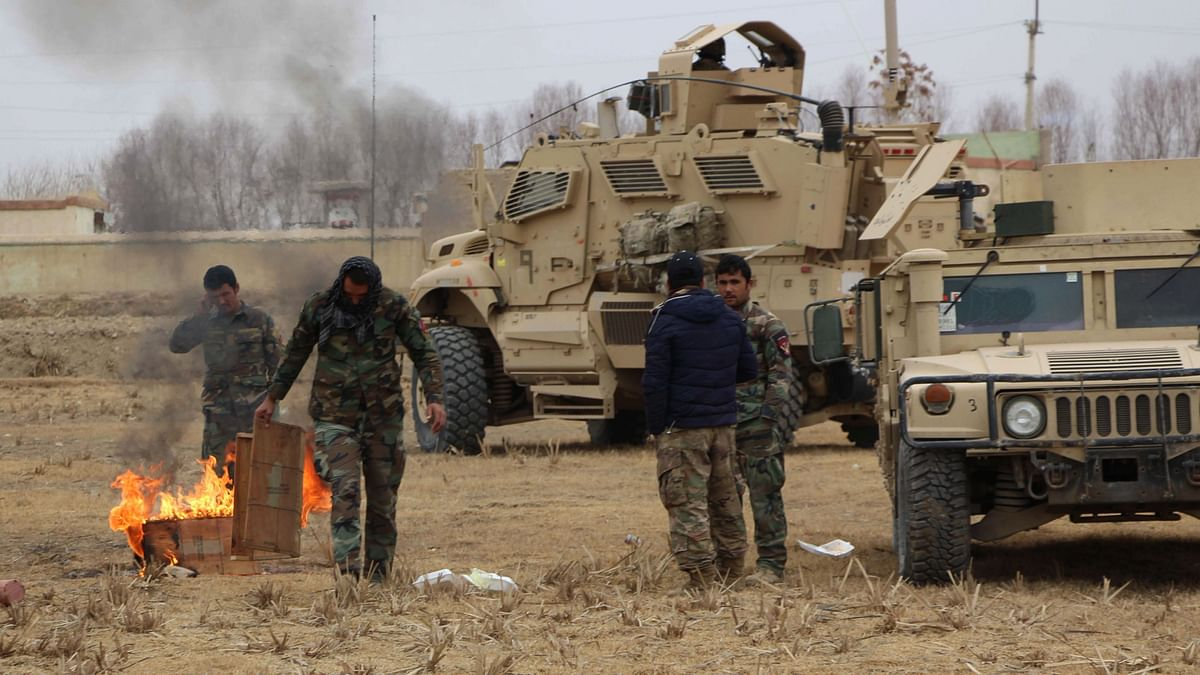 आत्मघाती कार बम विस्फोट में 3 अफगान सैनिकों की मौत