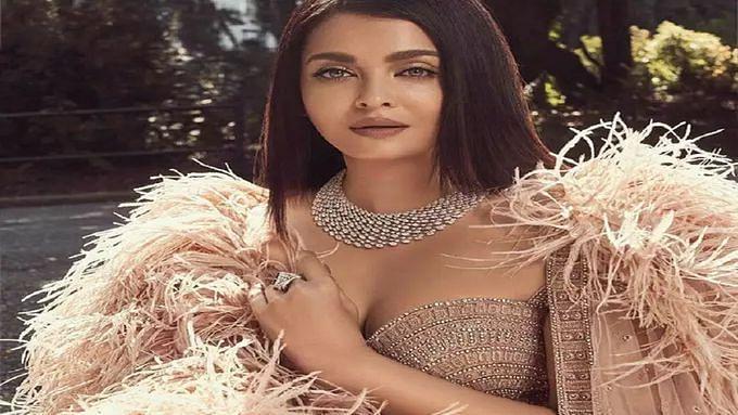 फैशन मैगजीन के लिए बनी थीं कवर गर्ल, लहंगा पहन जब ऐश्वर्या राय बच्चन ने बिखेरा था हुस्न का जलवा