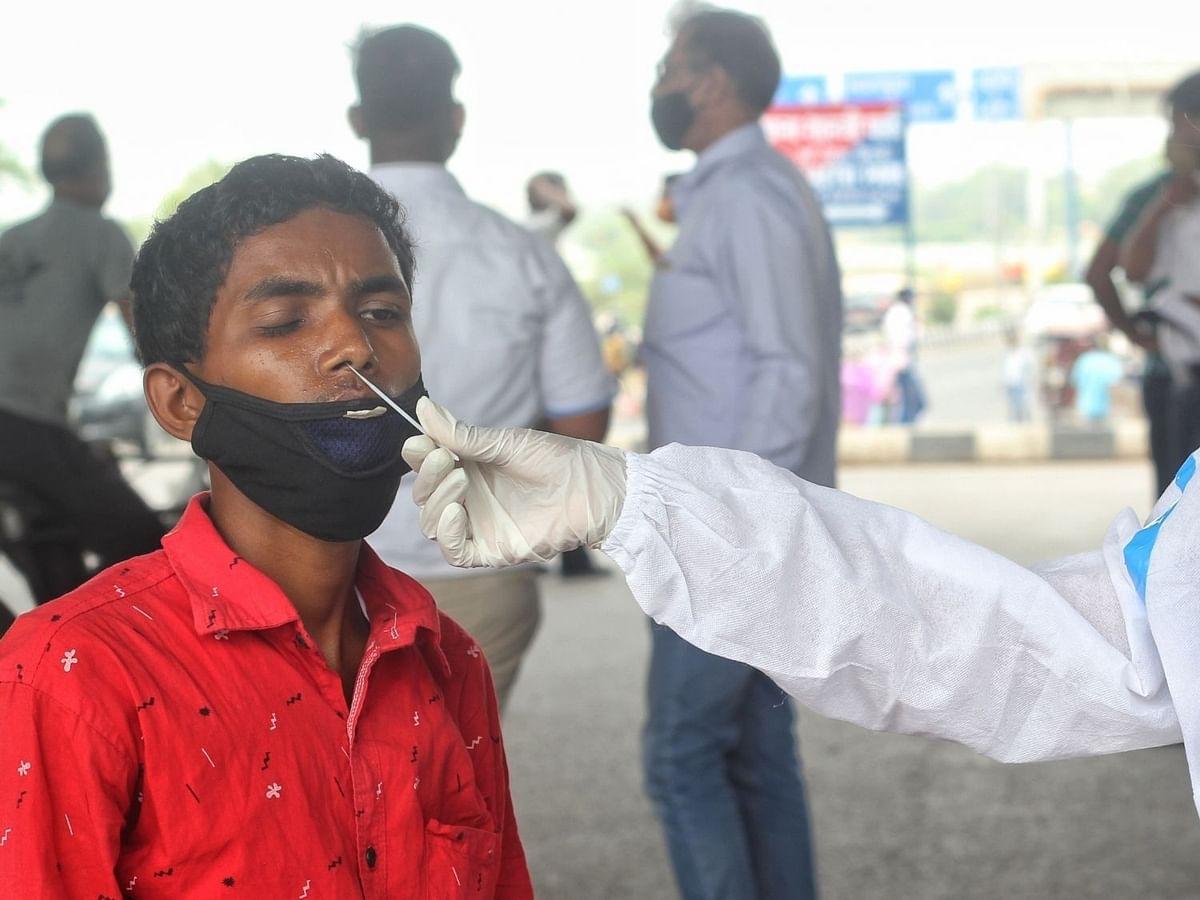 भारत में कोरोना के 62 हजार नए मामले, 2,542 लोगों की मौत