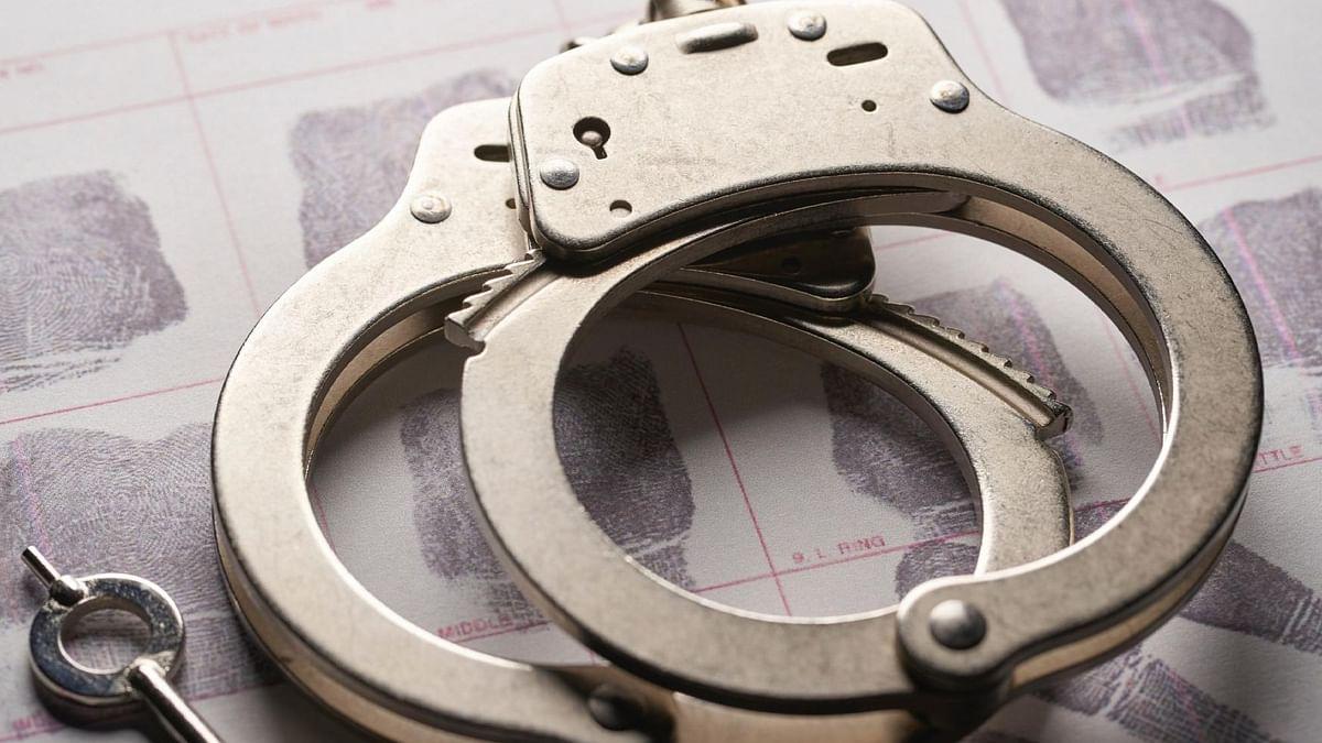 यूपी में काला फंगस और कोविड के इंजेक्शन चोरी करने के आरोप में डॉक्टर सहित पांच अन्य गिरफ्तार